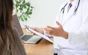 医者と患者イメージ